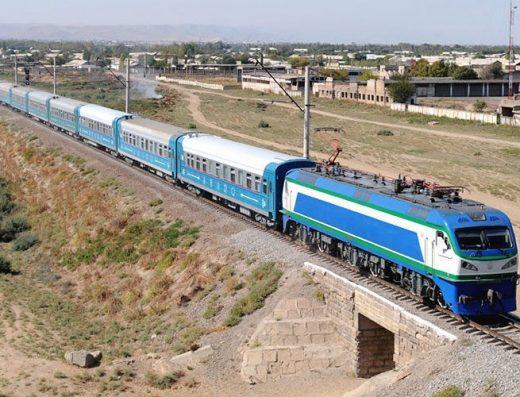 voyage train Ouzbekistan
